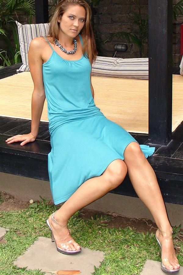 Pondok dress - light-weight - built-in bralette - mer - front view - Island Importer