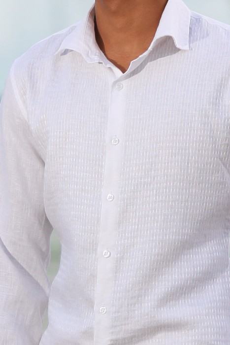 Men's Linen Hand-Stitched Design White Long Sleeve Shirt Collar Detail