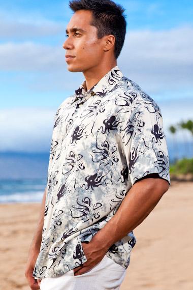 Men's Octopus Batik Island Hiawaiian Short Sleeve Rayon Shirt